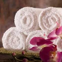 Махровые полотенца с логотипами